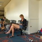 Warten auf den Flug nach L.A.